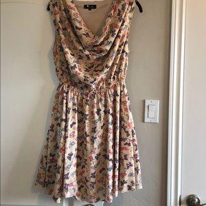 Dresses & Skirts - Cream dress with butterflies